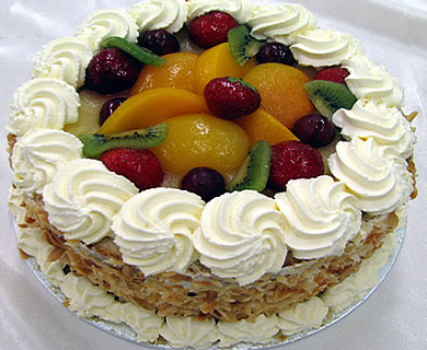round mixed fruit cake