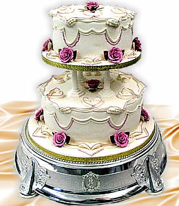 2 tier square wedding cake