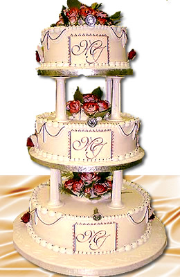 3 tier round wedding cake
