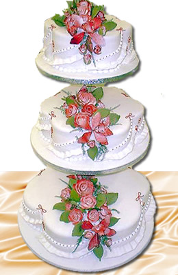 petal 3 tier wedding cake